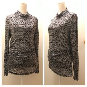 Sheer long sleeve tunic style top, lined. XL